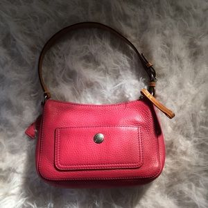 Coach fuchsia leather strap Tote shoulder bag
